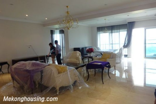 Brand new furnished apartment in L1 tower Ciputra Hanoi, 4 bedrooms 1