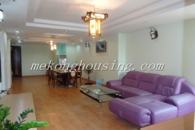 Cheap apartment with 3 bedrooom on low floor in E1 building, Ciputra Hanoi, full option