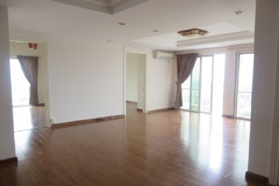 Ciputra Hanoi - Unfurnished apartment with 4 bedrooms and nice view for rent in E1 tower
