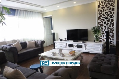 Modern furnished apartment with 3 bedrooms on high floor for rent in E1 tower, Ciputra Hanoi