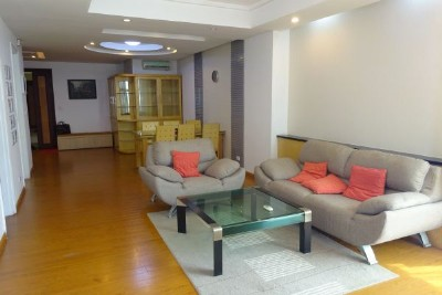 Nicely furnished apartment with 3 bedrooms in E5, Ciputra Hanoi