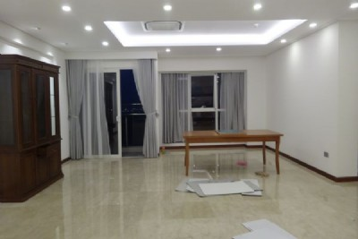 Spacious apartment for rent in The Link Ciputra Hanoi, 4 bedrooms