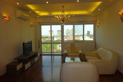 Spacious apartment with 3 bedrooms, 153m2, for lease in E5 Ciputra Hanoi